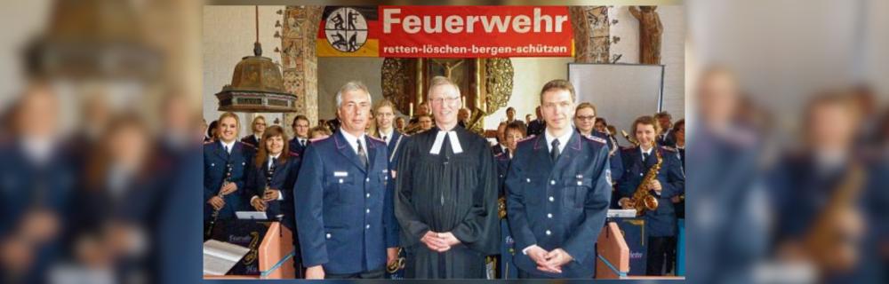 Kirche und Feuerwehr im Einsatz für die Gesellschaft