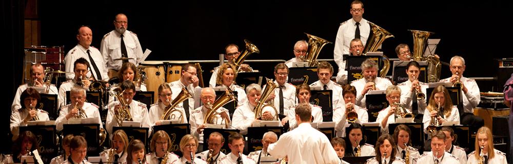 Musikalische Truppe nahe der Perfektion